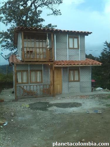 Fotos de edificasas casas prefabricadas en copacabana for Buscar casas prefabricadas