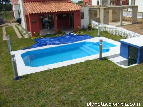 Piscinas piscinas piscinas jacuzzis spas en cali tel fono - Cuanto cuesta un jacuzzi ...