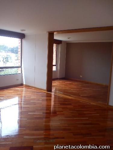 Fotos de pisos de madera escaleras decks pulido de madera for Pisos deck de madera