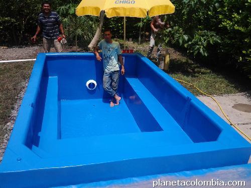 Fotos de cascadas en fibra de vidrio con acuario en bogot - Fotos de piscinas ...