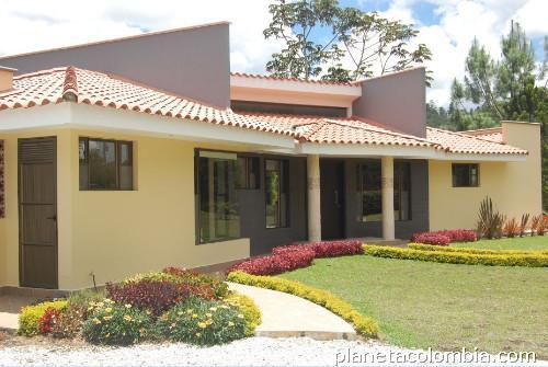 Casa moderna unidad cerrada nueva un solo nivel 220m2 for Fotos de casas modernas de un nivel