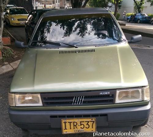 Fotos De Vendo Carro Fiat Uno Modelo 95 En Medell 237 N