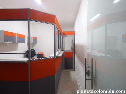 Divisiones de oficina modernas en cali for Divisiones oficinas modernas