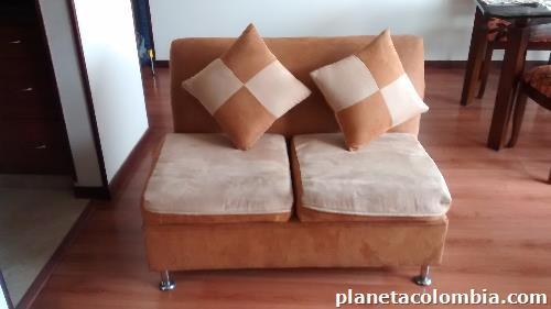 Fotos de sof dos puestos en kennedy for Muebles de oficina kennedy