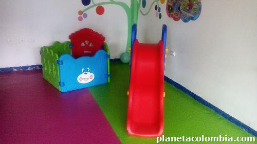 Vendo jard n infantil en acacias tel fono for Vendo jardin infantil 2015