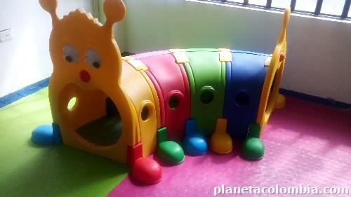 Fotos de vendo jard n infantil en acacias for Vendo jardin infantil 2015